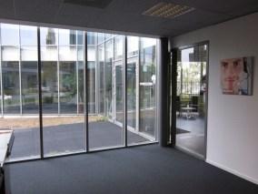 Ruimte momenteel in gebruik als showroom, ook geschikt voor kantoorfunctie of presentatieruimte