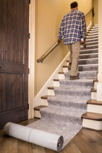 Clean&Safe Pro keeps you safe on stairs.