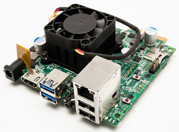 Raspberry VS Gizmo 2