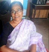 Seema Biswas as Maii Mui in Mahakumbh | Maii Mui Entry