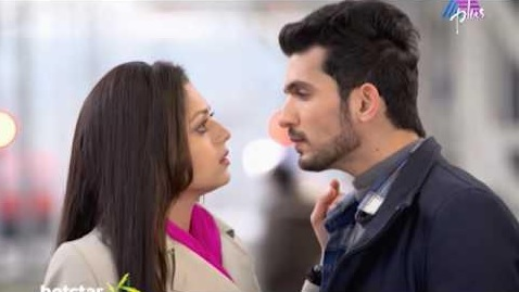 Arjun Bijlani | Raghav | 'Akkareyanente Maanasam' Wiki, Star Cast and Crew, Story, Timings Asianet Plus Serial | Droutinelife | Repeat Telecast Timings