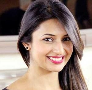 Ishita   Deevyanka Tripathi   Top 10 Bahu of Serials