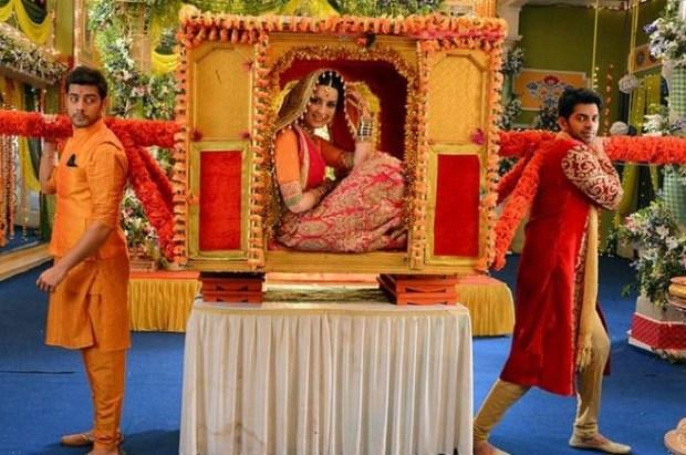Who will be Riya's Life Partner | To whom Riya will marry | Shivam or Amit | Mere Angne Mein