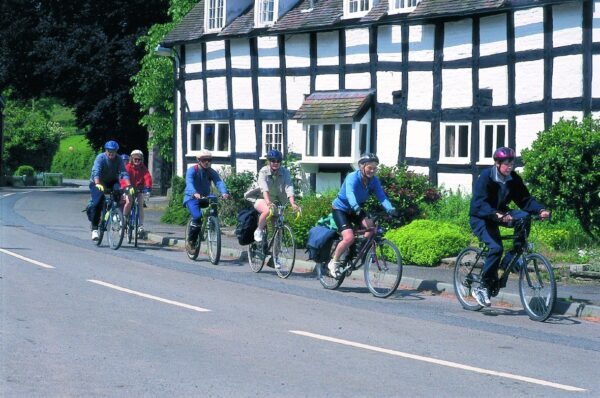leisure cycling hay on wye pembridge cider