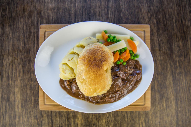 Loch Lomond Restaurant - Scottish Pub - The Drovers Inn, Inverarnan