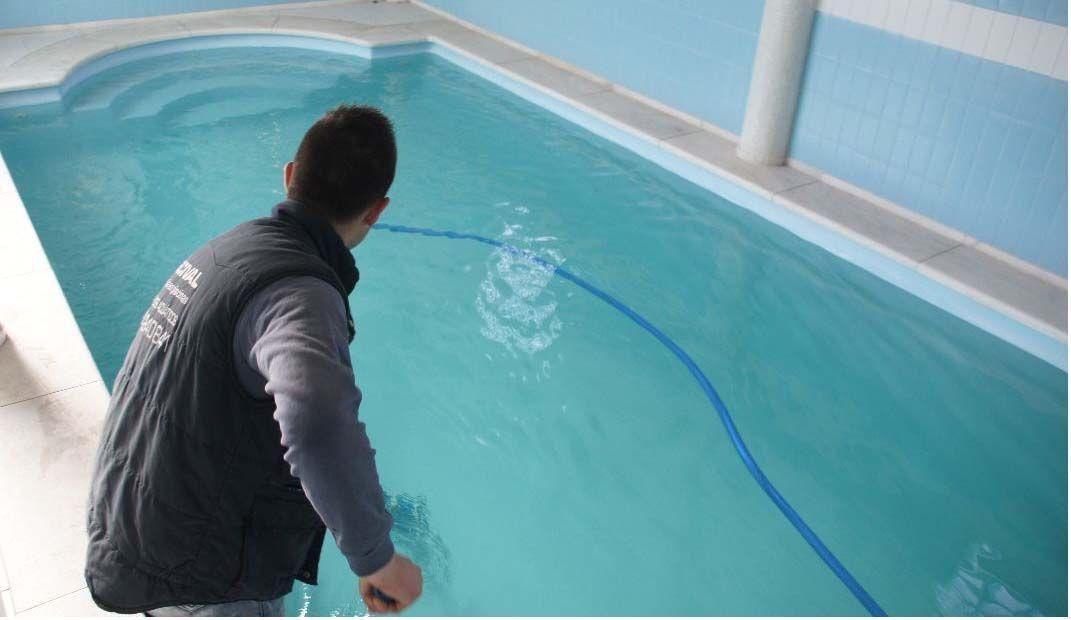 La importancia de mantener ajustado el ph en tu piscina for Ph piscinas