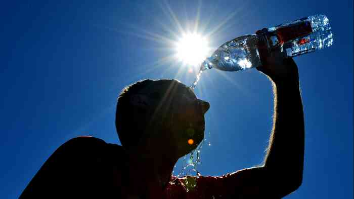 heat stroke drink water