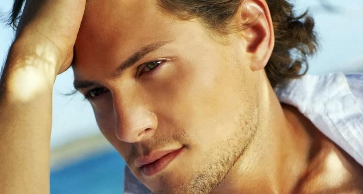 Men_Very_handsome_man_020715_