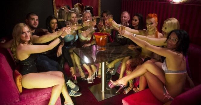 Cheetah lounge stripper sue — pic 7