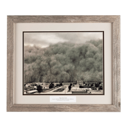 Huge dust storm June 4, 1937, poised to hit Hooker, Oklahoma.