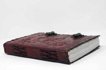 Buch der Schatten Seite