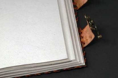 Buch der Schatten Makro