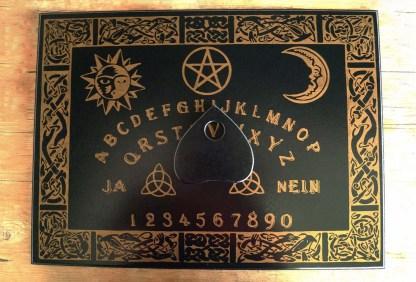 Ouija-Brett für Hexen