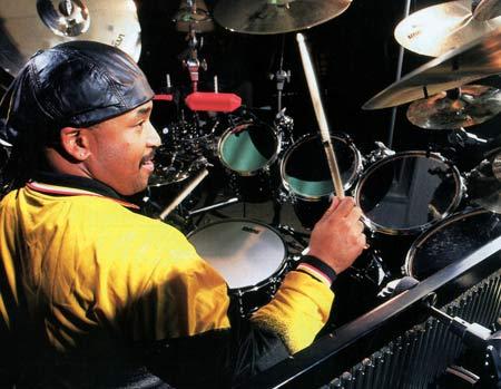 https://i0.wp.com/www.drummerworld.com/pics/drum3/carterbeaufordnicholasburnh.jpg
