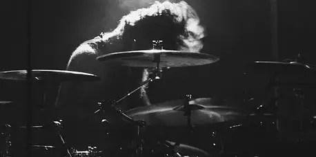 fast-drumming
