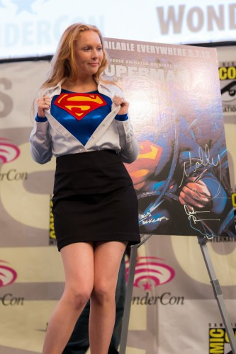 molly quinn is supergirl 333x500 molly quinn is supergirl