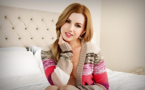 Lexi Belle smiles in bed 1024x640 Lexi Belle smiles in bed
