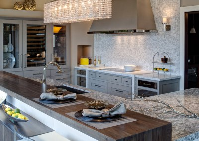 Airy Modern Kitchen Design