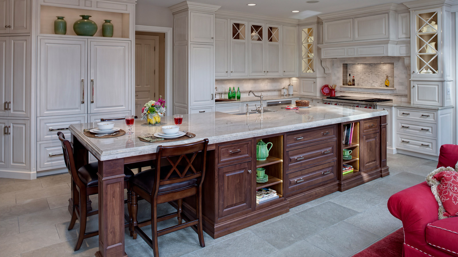 Classic Traditional Burr Ridge Kitchen Design