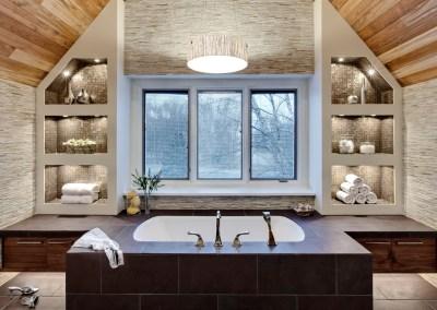 Hideaway in a Wooded Spa Retreat
