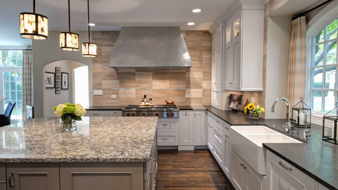 1600-x-900-Multi-Functional-Transitional-Hinsdale-Kitchen-drury-design2