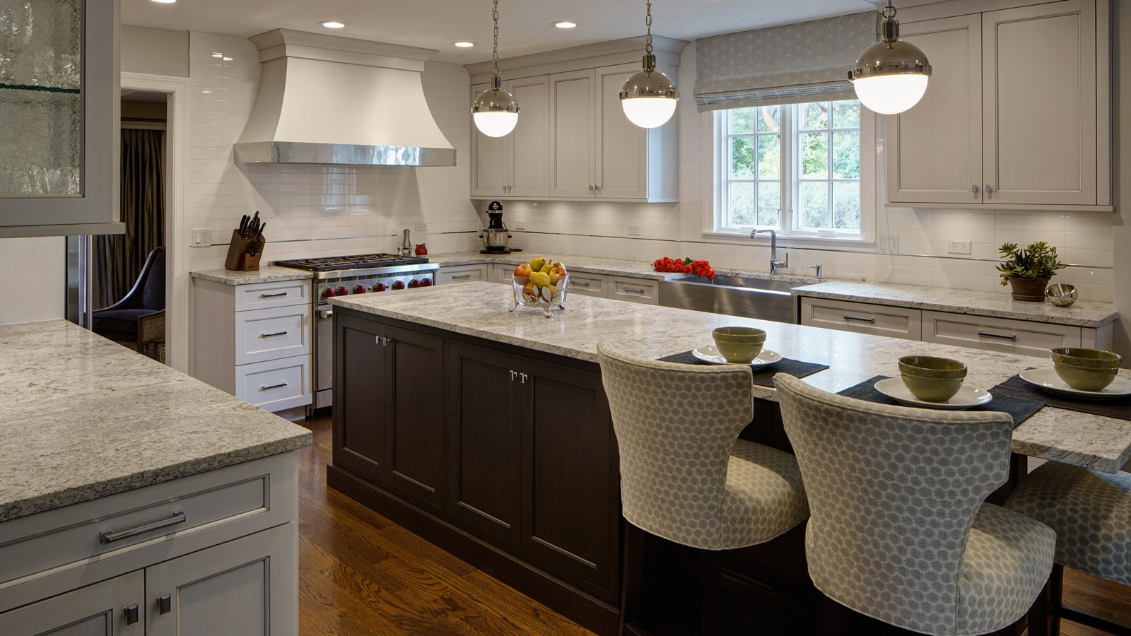 L Shaped Kitchen Design Perfected Hinsdale Il Drury