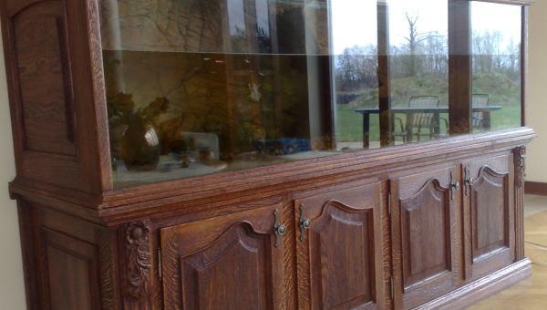 Zabudowa akwarium w drewnie