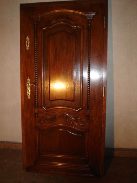 Drzwi zewnetrzne recznie wykonane lakierowane