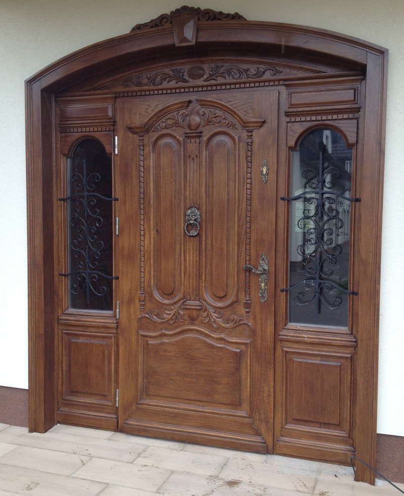 Drzwi frontowe dębowe zdobione