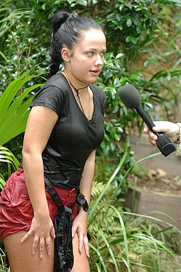 Kim Gloss Debkowski bei der Dschungelprüfung im Dschungelcamp