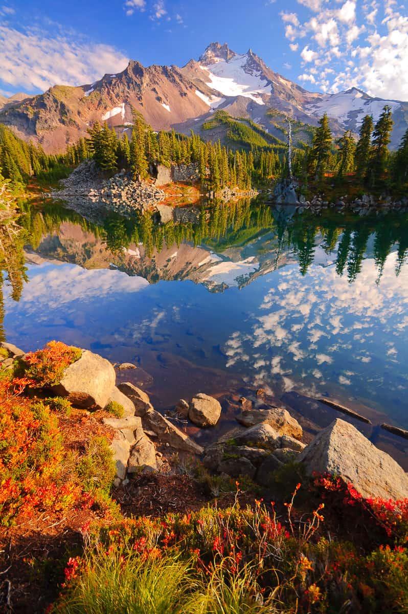 Bays Lake Autumn