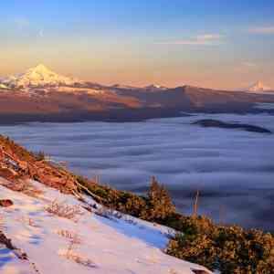 Cascade Volcanoes