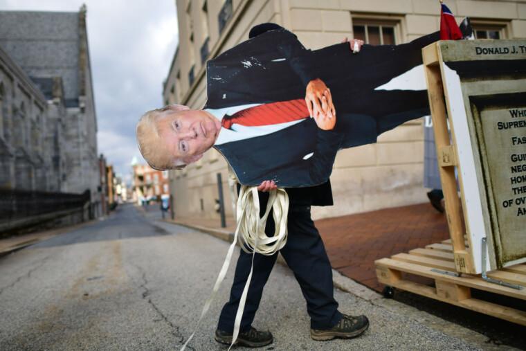 Дональд Трамп не буде присутній на інавгурації Байдена