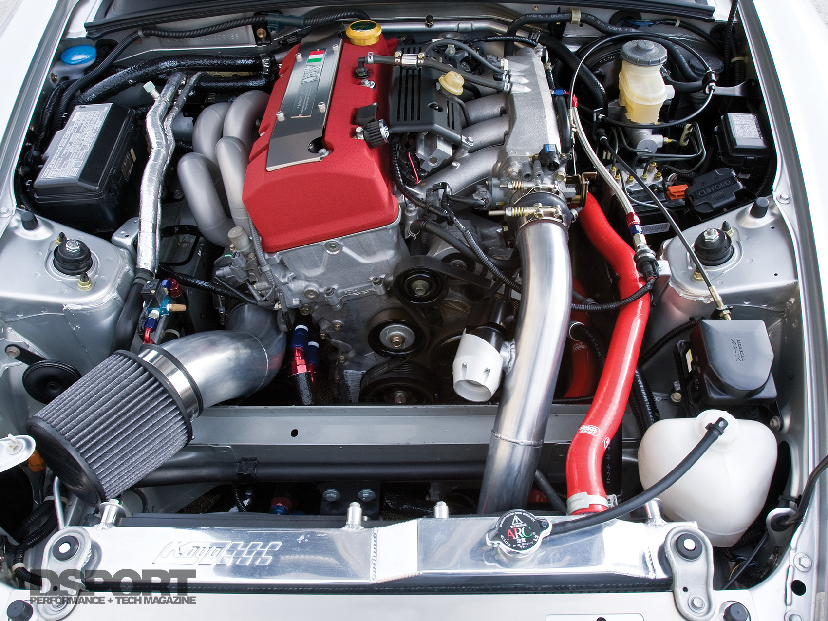 hight resolution of the f20c relies on a full race turbo kit to generate force induced horsepower