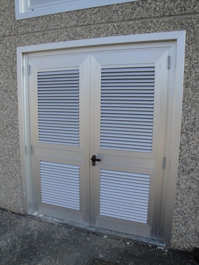 DSR sas  Produzione vendita e installazione serramenti in alluminio facciate continue e