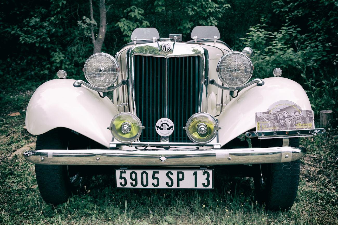 Photo d'une vielle auto