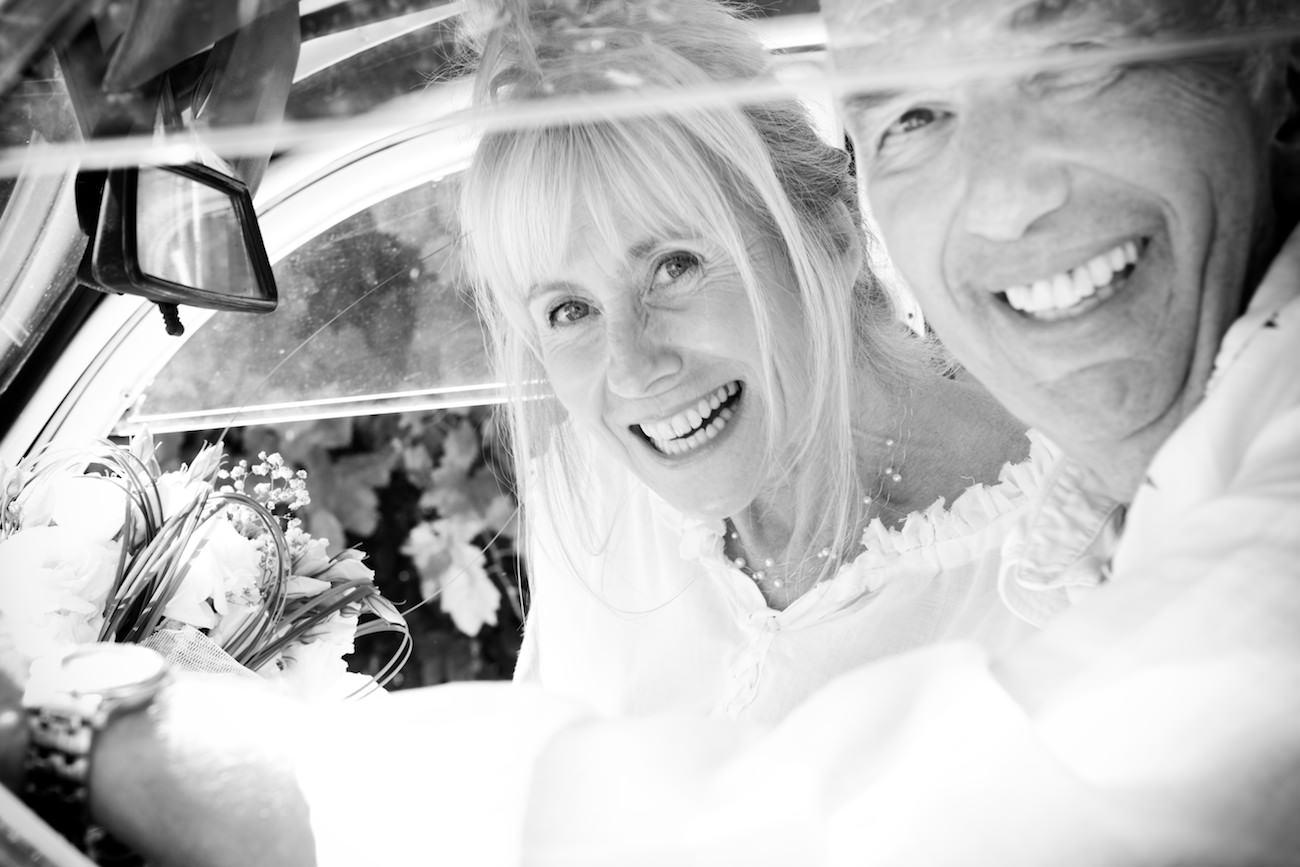 photo mariée en voiture