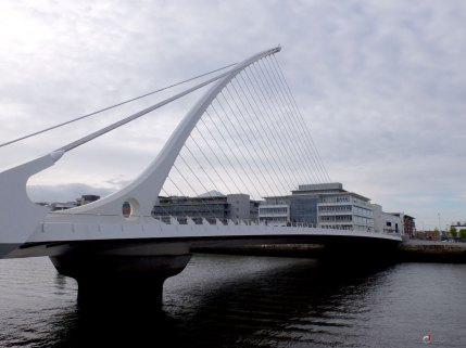 #05 Samuel Beckett bridge