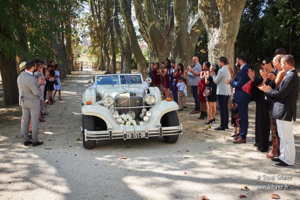 Entrée des mariés à la Bastide de Toursainte Marseille
