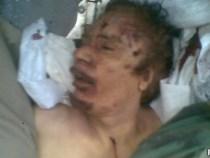 Governo de transição anuncia morte de Khadafi