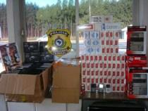 BR 116 Divisa Bahia/Minas: Polícia apreende contrabando