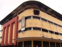 Estrutura do Instituto de Cacau da Bahia desaba após incêndio