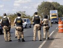 Policia Rodoviária Federal livra 12 passageiros da morte