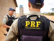 PRF prende mãe que aliciava para sexo a filha de 13 anos