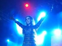 Marina Elali encanta público no Forró Pé de Serra