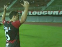 Vitória 3 x 0 Serrano em Pituaçu
