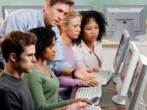 30 cursos gratuitos de programação via Brasil Mais TI