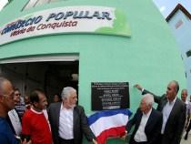Governador inaugura Centro de Comercio Popular