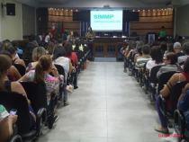 Paralisação: profissionais da educação municipal