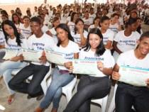 Programa Trilha entrega de certificados no interior